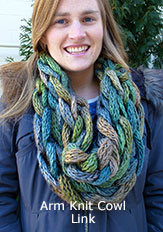 Arm Knit Link Cowl