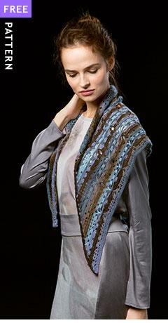 Crocheted Trangular Shawl, crocheted in Lang Yarns Jawoll Magic Dégradé
